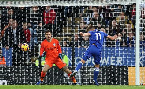 Man city thua Leicester 2-1 vòng 19 hình 1
